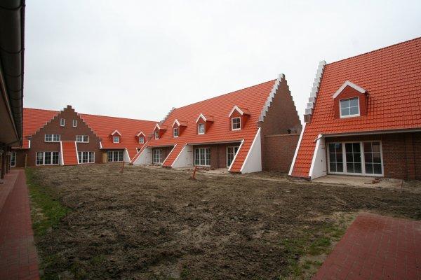 aktuelle neubauten von ferienimmobilien im seepark burhave nordsee. Black Bedroom Furniture Sets. Home Design Ideas